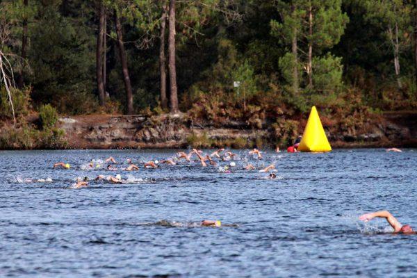 Osez Hostens natation en eau libre fédération francaise de natation osez lacanau osez arcahon osez libourne reportage sport reportage photo